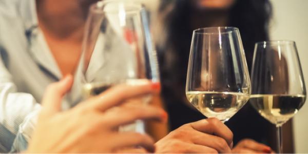 Le vin sans alcool : c'est quoi encore cette histoire ?
